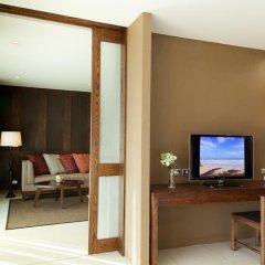 Отель Sunsuri Phuket 5* Улучшенный номер с двуспальной кроватью