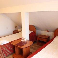 Гостевой Дом Вилла Северин Стандартный семейный номер с разными типами кроватей фото 2