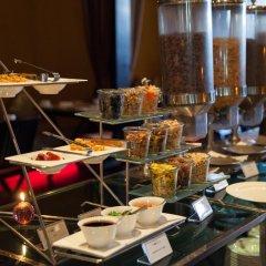 Отель lebua at State Tower Таиланд, Бангкок - 5 отзывов об отеле, цены и фото номеров - забронировать отель lebua at State Tower онлайн питание фото 3