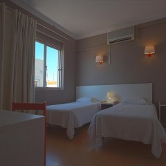 Отель Next Inn 3* Стандартный семейный номер с двуспальной кроватью