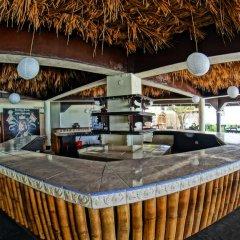 Отель Bourbon Beach Jamaica гостиничный бар