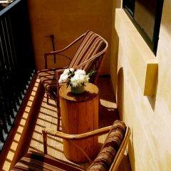 Отель Globetrotters Мальта, Айнсилем - отзывы, цены и фото номеров - забронировать отель Globetrotters онлайн интерьер отеля фото 2