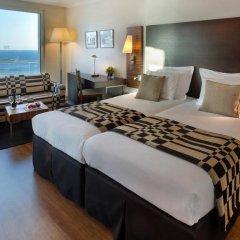 Crowne Plaza Tel Aviv Beach 3* Улучшенный номер с различными типами кроватей фото 3