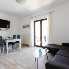 Апартаменты Apartments Miramar комната для гостей фото 3