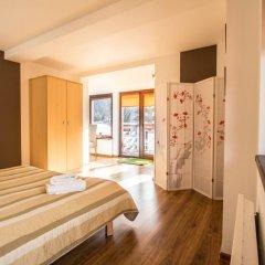 Отель Dolina Resort Zakopane Косцелиско сейф в номере