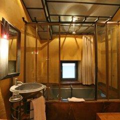 Cour Des Loges Hotel 5* Стандартный номер с различными типами кроватей фото 12