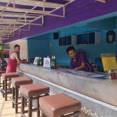 Отель Sawasdee Siam Таиланд, Паттайя - 1 отзыв об отеле, цены и фото номеров - забронировать отель Sawasdee Siam онлайн гостиничный бар