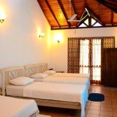 Ranmal Beach Hotel 3* Номер категории Эконом с различными типами кроватей фото 3
