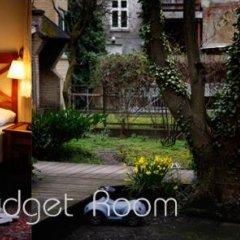 Hotel Guldsmeden Aarhus 3* Стандартный номер с двуспальной кроватью (общая ванная комната) фото 5