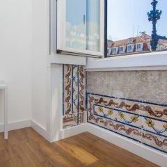 Отель Lisbon Old Town Guest House 3* Люкс с различными типами кроватей фото 23