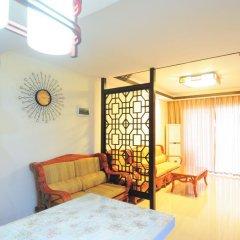 Отель Golden Mango Апартаменты с различными типами кроватей фото 47