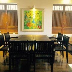 Отель Relax In Old Town Хойан интерьер отеля
