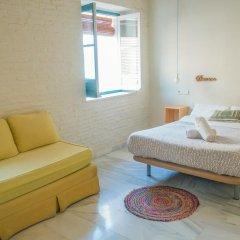 The Nomad Hostel Стандартный номер с двуспальной кроватью