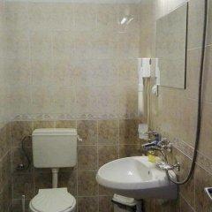 Отель Tsvetkovi Guest House Болгария, Банско - отзывы, цены и фото номеров - забронировать отель Tsvetkovi Guest House онлайн ванная
