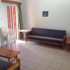Отель Sea 'n Lake View Hotel Apartments Кипр, Ларнака - 1 отзыв об отеле, цены и фото номеров - забронировать отель Sea 'n Lake View Hotel Apartments онлайн комната для гостей