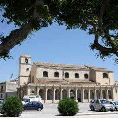 Отель L'Infiorescenza Италия, Сиракуза - отзывы, цены и фото номеров - забронировать отель L'Infiorescenza онлайн парковка