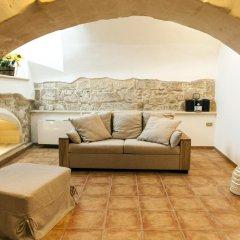Отель Nel Cuore del Barocco Лечче комната для гостей фото 3