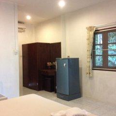 Отель Laem Sai Bungalow удобства в номере