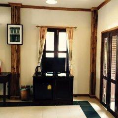 Отель Villa Oasis Luang Prabang 3* Улучшенный номер с 2 отдельными кроватями