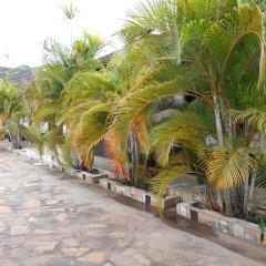 Отель Chel and Vade Cottages пляж