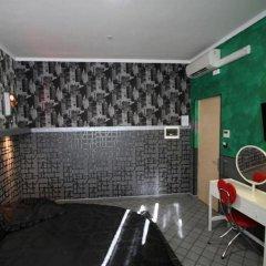Pop Inn Hostel Стандартный номер с двуспальной кроватью фото 7