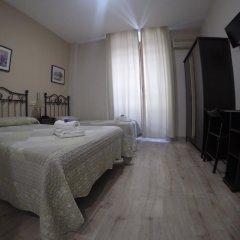 Отель Hostal El Pilar Стандартный номер с двуспальной кроватью фото 31