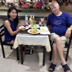Отель Baan Ketkeaw 2 питание