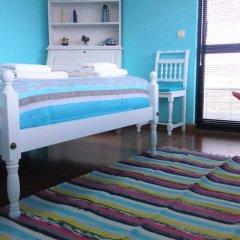 """Отель Surf & Guest Lorena""""s House комната для гостей фото 3"""