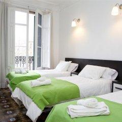Отель Gran via 476 Барселона комната для гостей фото 2