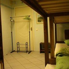Len Inn Luxe Hostel Кровати в общем номере с двухъярусными кроватями фото 7