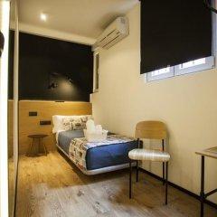 Отель Hostal CC Malasaña Стандартный номер с различными типами кроватей фото 10