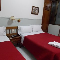 Отель Hostal Dulcinea Мадрид комната для гостей