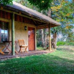 Отель Chrislin African Lodge 4* Бунгало с различными типами кроватей фото 5