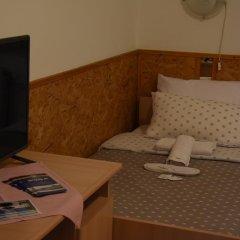 Hotel Duga Нови Сад комната для гостей
