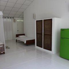 Отель Chitra Ayurveda Hotel Шри-Ланка, Бентота - отзывы, цены и фото номеров - забронировать отель Chitra Ayurveda Hotel онлайн комната для гостей фото 2