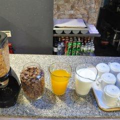 Riverside Hostel & Lounge Bar гостиничный бар