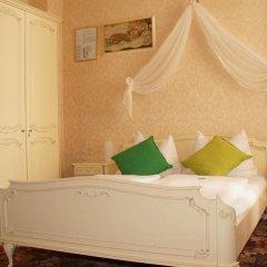 Отель Aviano Pension 4* Стандартный номер с двуспальной кроватью фото 11