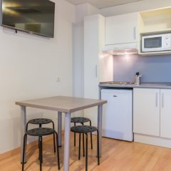 Отель Vertice Roomspace Madrid 3* Стандартный номер с различными типами кроватей фото 5