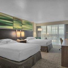 Отель DoubleTree by Hilton at the Entrance to Universal Orlando комната для гостей