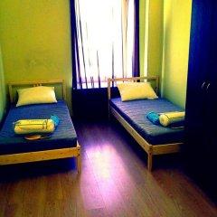 Laweran Hostel Стандартный номер с 2 отдельными кроватями (общая ванная комната)