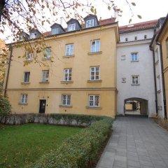 Отель Barbakan Apartament Old Town Улучшенные апартаменты с различными типами кроватей фото 50