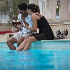 Le Rose Suite Hotel бассейн