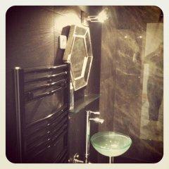 Отель Appartement Magnifique - Vieux Nice Франция, Ницца - отзывы, цены и фото номеров - забронировать отель Appartement Magnifique - Vieux Nice онлайн ванная