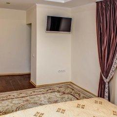 Гостиница Romantic In Lviv 500m From Opera комната для гостей фото 2