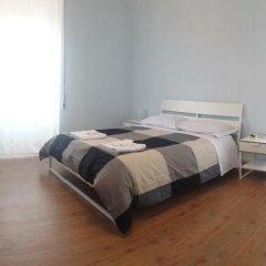 Отель La Cornice Guest House Стандартный номер с 2 отдельными кроватями (общая ванная комната) фото 5
