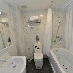Hanoi Bella Rosa Suite Hotel 3* Представительский номер с различными типами кроватей фото 5