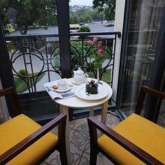 Ambassadori Hotel Tbilisi 5* Номер Делюкс с различными типами кроватей фото 5