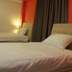 Don Mueang Airport Modern Bangkok Hotel 3* Стандартный номер с 2 отдельными кроватями фото 5