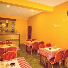 Отель Blossom Непал, Покхара - отзывы, цены и фото номеров - забронировать отель Blossom онлайн питание фото 2