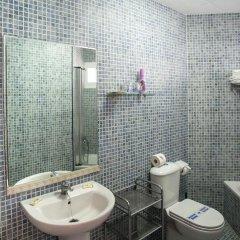 Отель Jabega Испания, Фуэнхирола - отзывы, цены и фото номеров - забронировать отель Jabega онлайн ванная фото 2